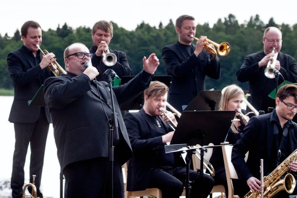Turku Jazz Orchestra ja Sami Pitkämö, kuva Olli Sulin