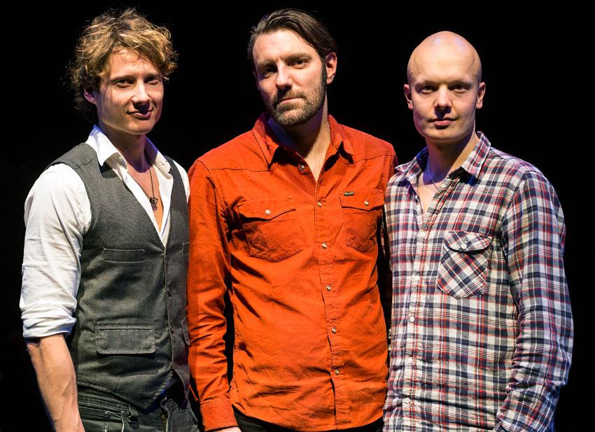 Alexi Tuomarilan (vas.), Mats Eilertsenin ja Olavi Louhivuoren triolta on julkaistu aiemmin albumit Constellation (2006) ja Seven Hills (2013).